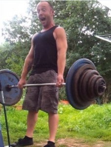 Look at me ma, I can lift heavy stuff!!